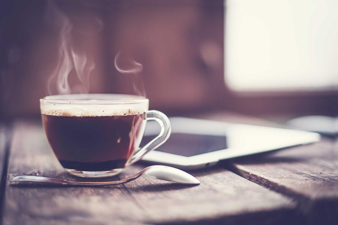 Auf einen Kaffee mit Her(t)z