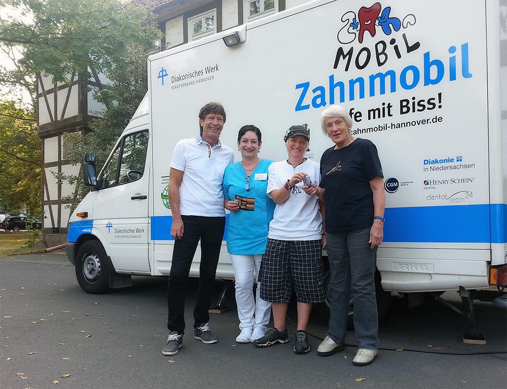 Spendensäckchen und Karte für das Zahnmobil Hannover